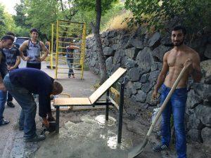 street workout armenia - przygotowanie miejsc do ćwiczeń