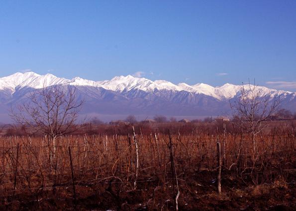 zima w gruzji - panorama górska
