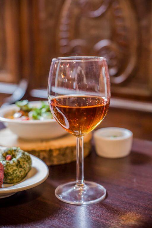 Wino Gruzja gruzinskie wino Rkatsiteli kuchnia gruzinska