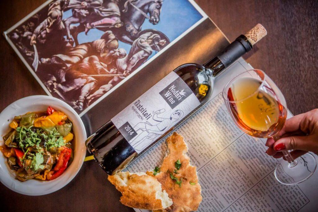 Nodari Wine wino Gruzja Kaukaz kuchnia Gruzinska marani