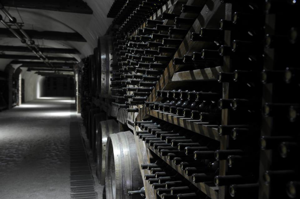 Tunel z winem w Kwareli, zdjęcie ze strony wytwórni Khareba