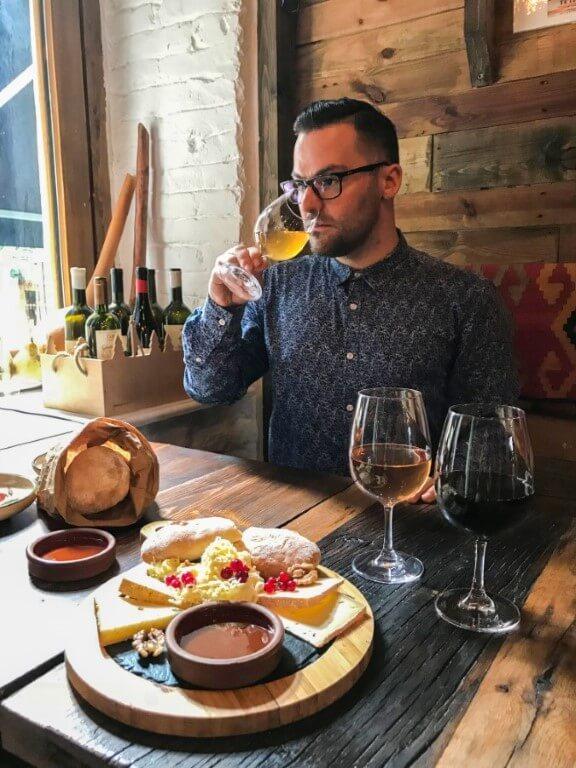 Gvino degustacja wina Tbilisi stare miasto PolakoGruzin