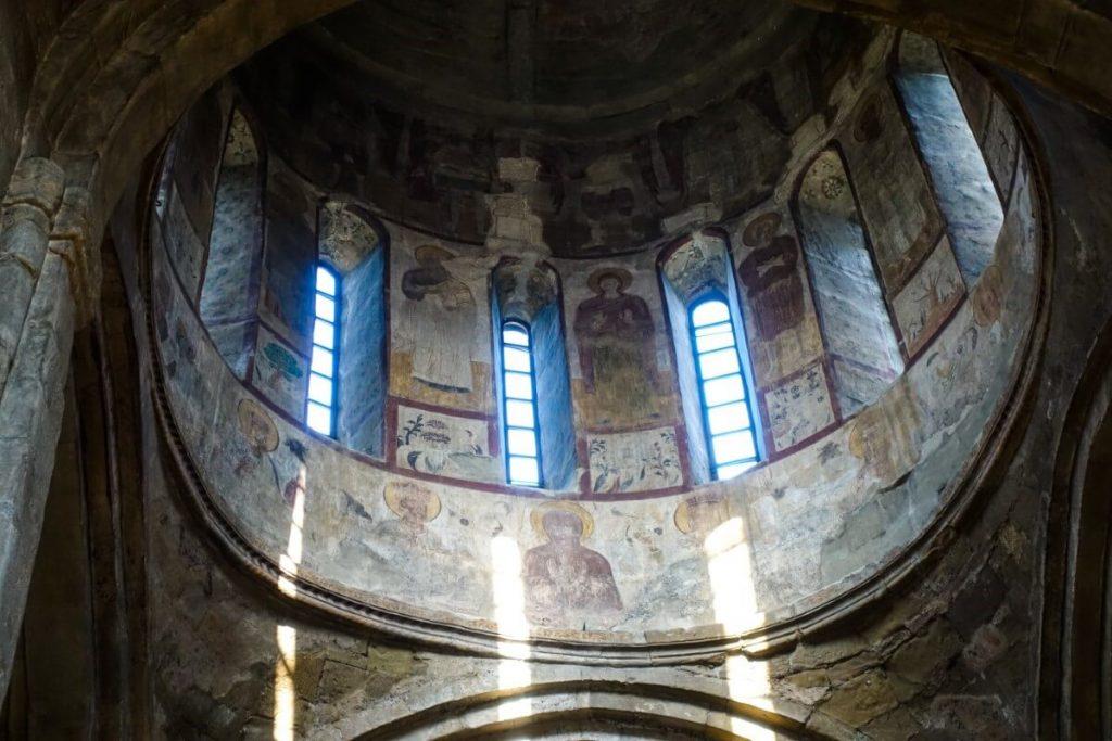 cerkiew Samtawro klasztor zenski freski Mccheta