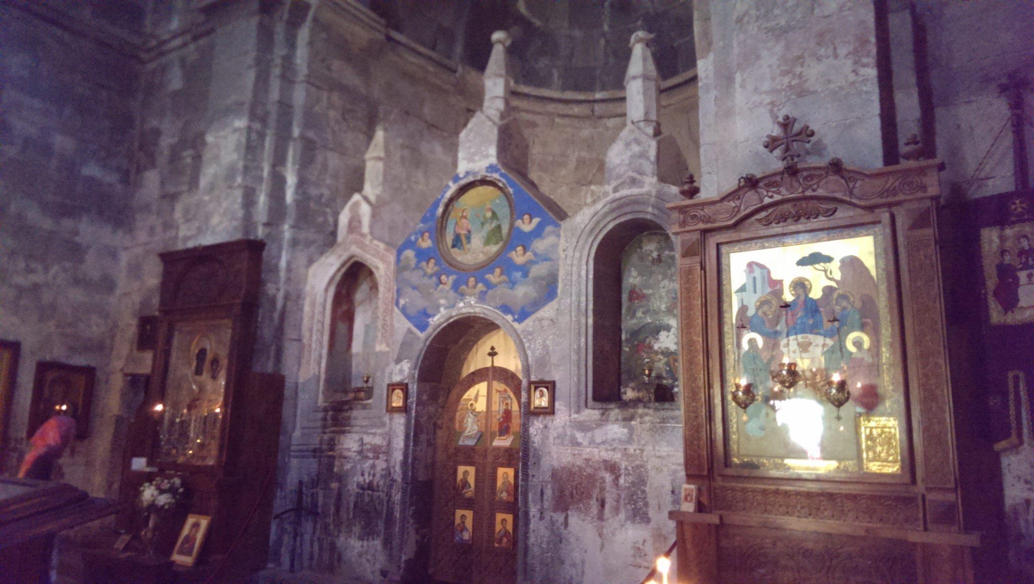 cerkiew Cminda Sameba - wnętrze