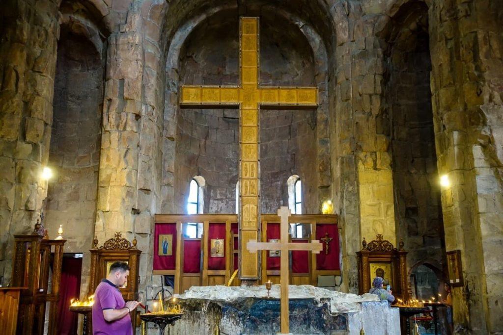Wnetrze cerkwi Dzwari Monastyr Krzyza Gruzja