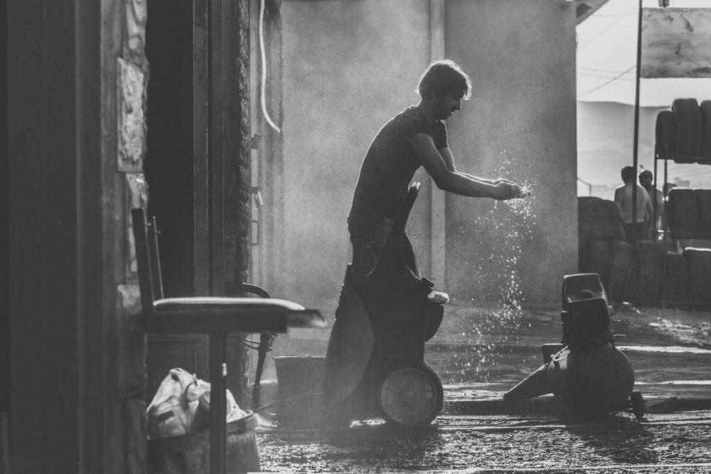 myjnia samochodowa Tbilisi Gruzja