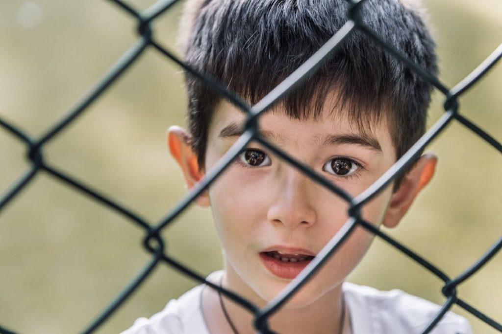 Gruzin dziecko Kaukaz boisko osiedle w Tbilisi