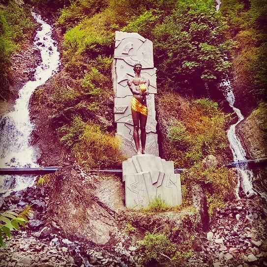 Pomnik gruzińskiego Prometeusza – Amiraniego.