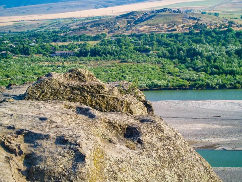 Uplisciche najstarsze miasto skalne okolice Gori