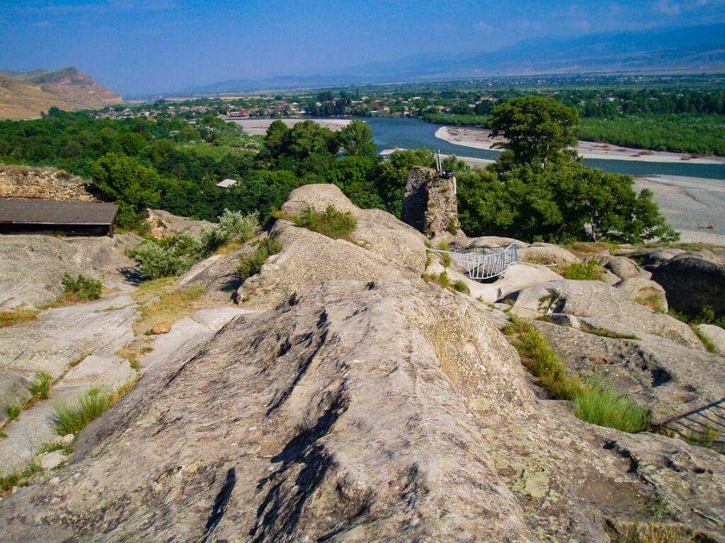 Uplisciche najstarsze miasto skalne w Gruzji formacje skalne