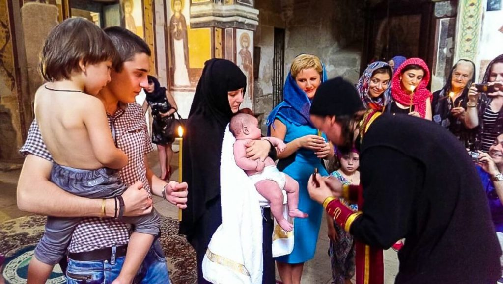 chrzest cerkiew gruzja kutaisi zwiedzanie gelati