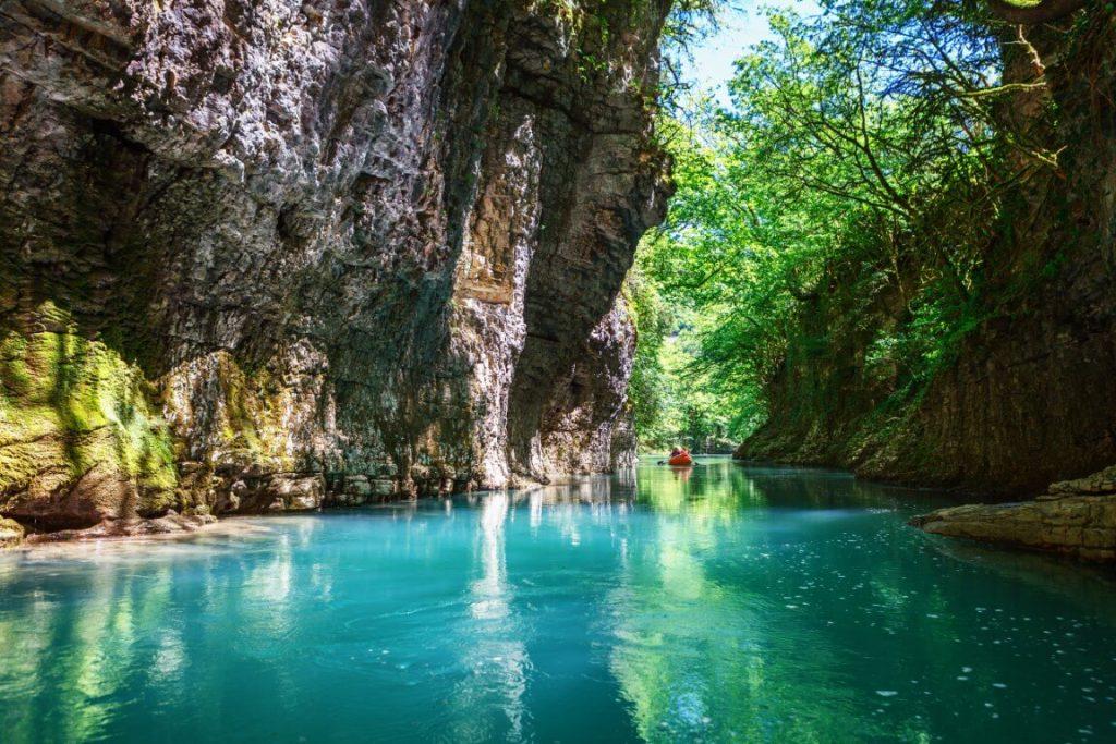 Spływ przez kanion Martvili
