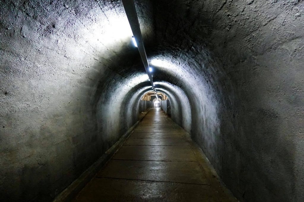 Jaskinia Prometeusza Gruzja Kutaisi Imeretia Kaukaz Skarb Gruzji