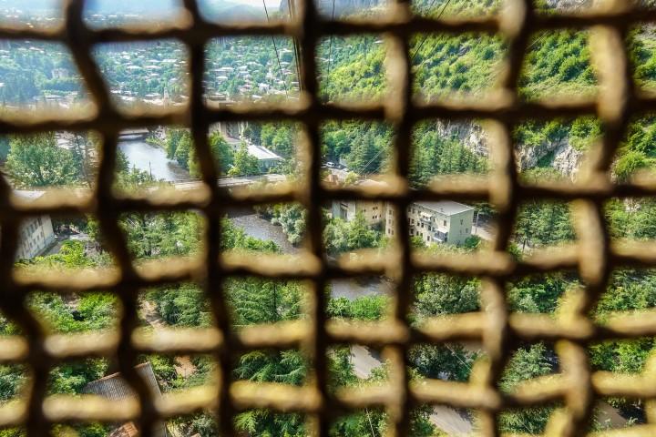Rzut oka na miasteczko górnicze Cziatura w Gruzji sowiecki urban exploring