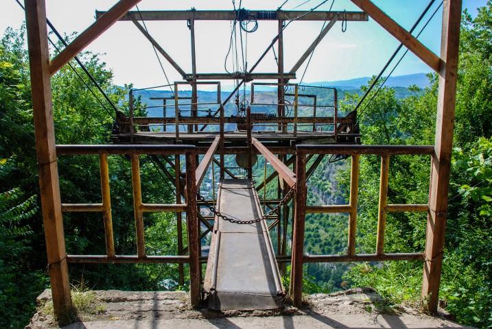 Stacja górna w Cziatura w Gruzji sowiecki urban exploring