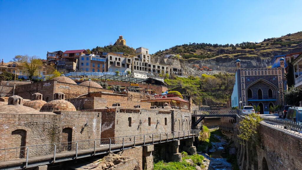 Tbilisi łaźnie siarkowe Gruzja
