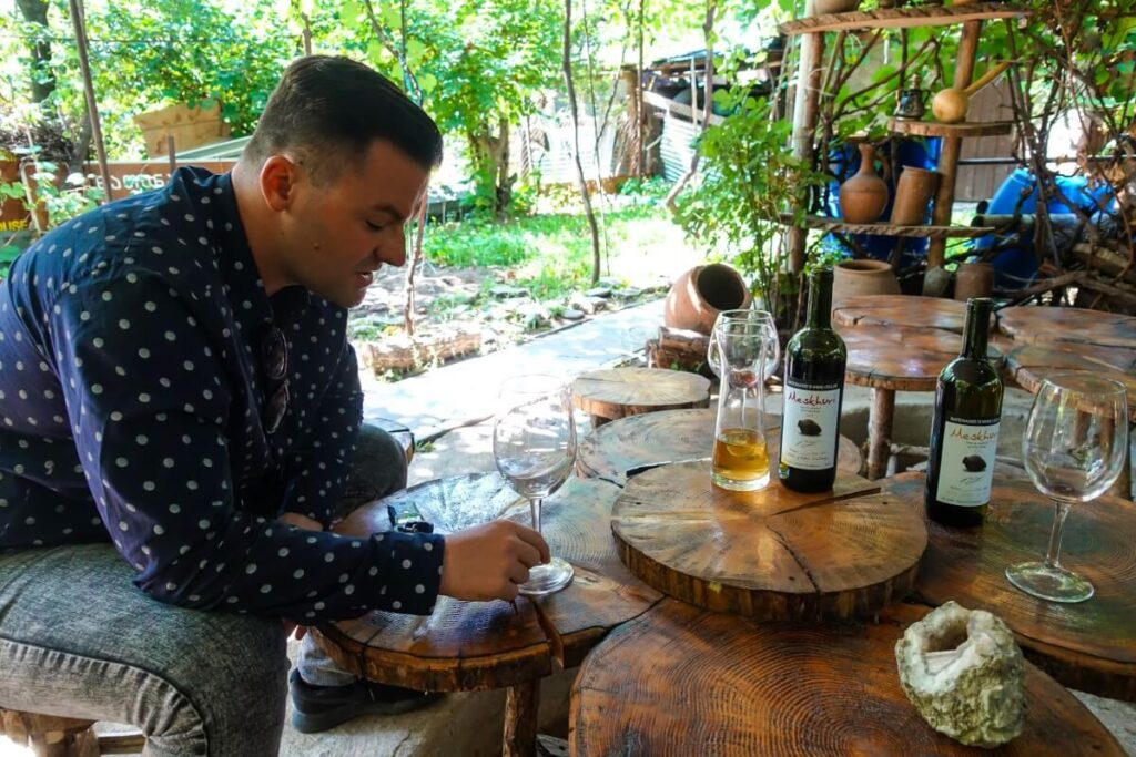 dom giorgi natenadze wino gruzja achalciche