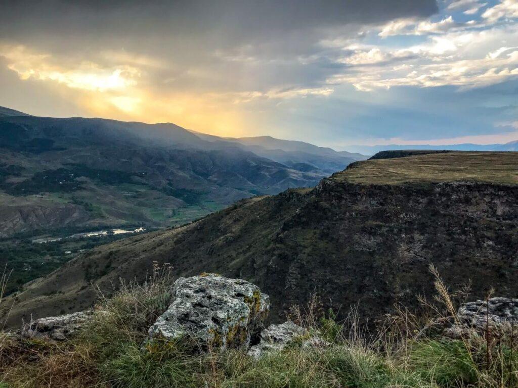 saro gruzińskie bezdroża