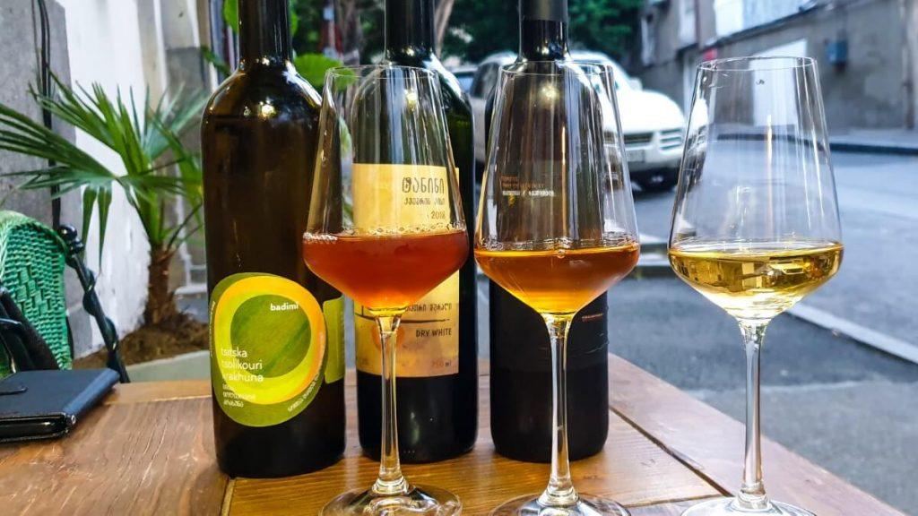 Wine bary i restauracje w Tbilisi