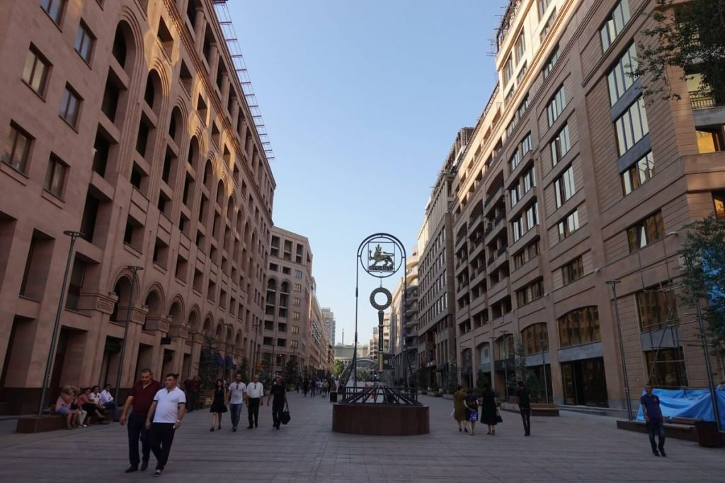 Erywan ulica zwiedzanie Armenia Yerevan