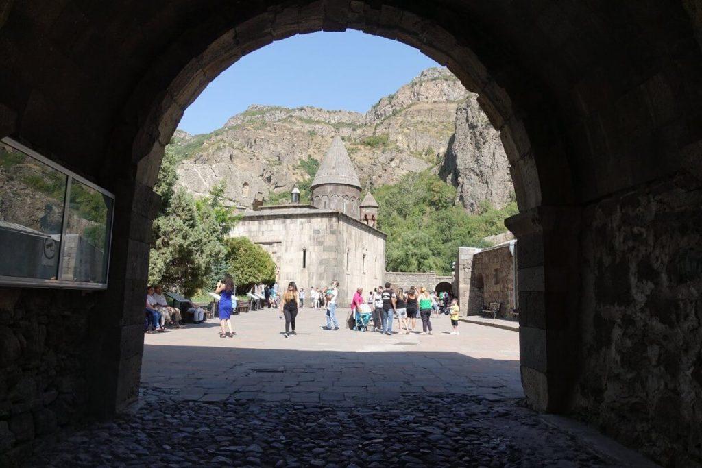 Klasztor Geghard Armenia Wlocznia Przeznaczenia