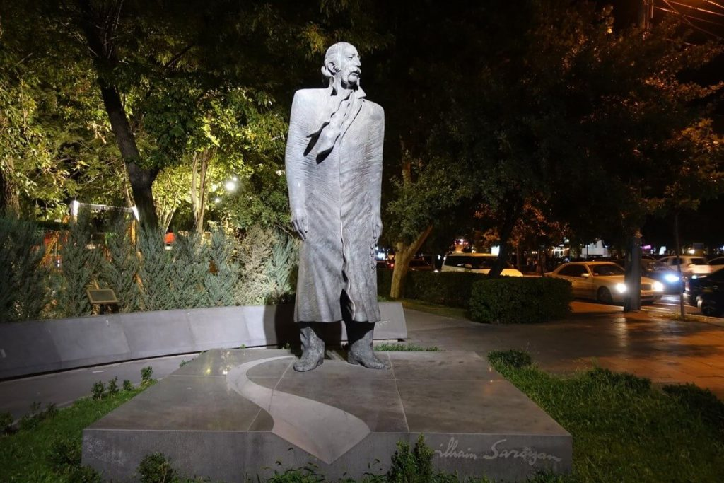erywan pomnik william saroyan armenia