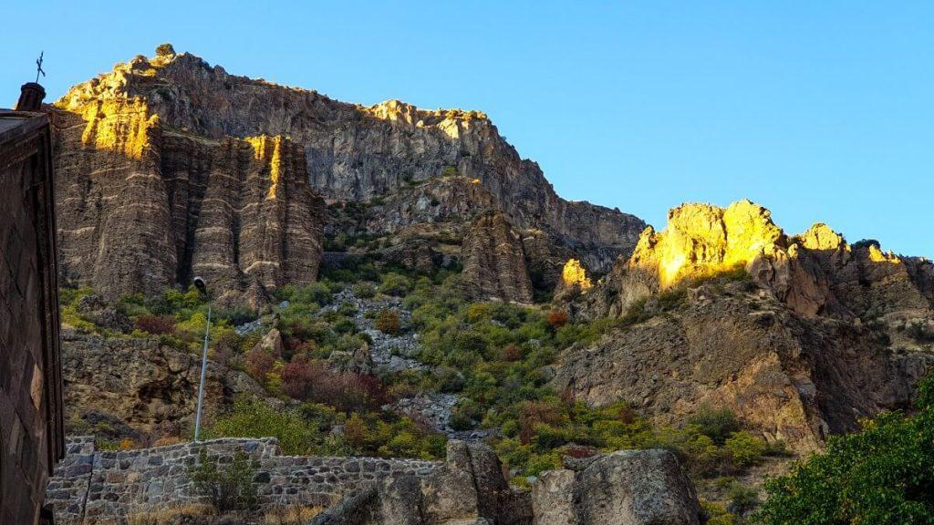 Geghard cerkiew Armenia skaly klasztor