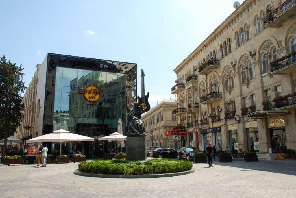 Azerbejdzan kuchnia hard rock restauracja Baku