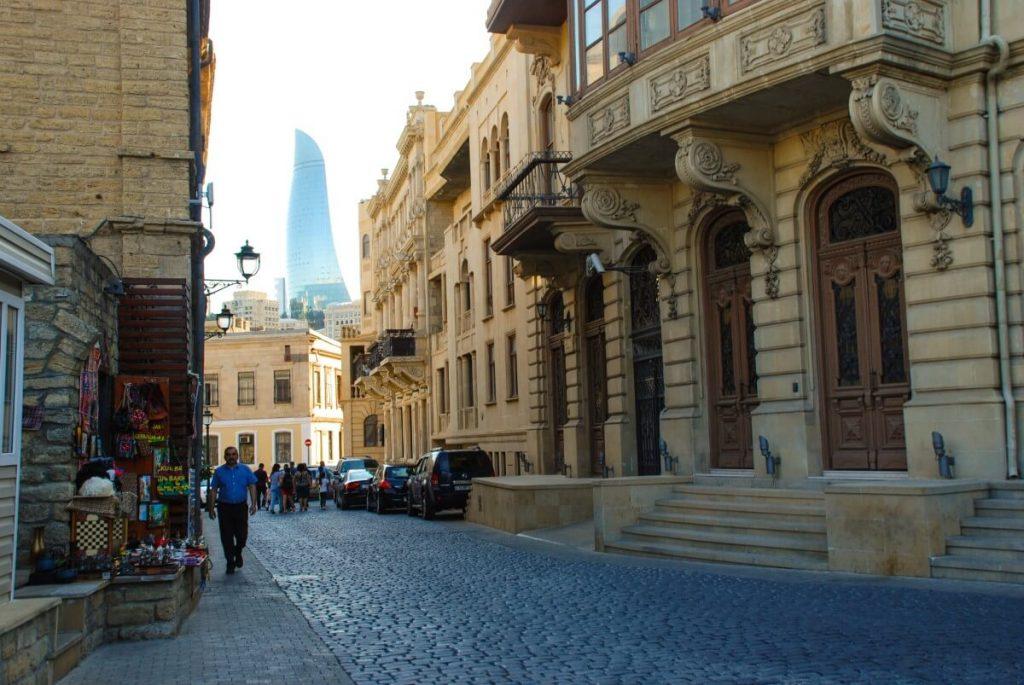 Architektura Baku Azerbejdzan Ogniste Wieze