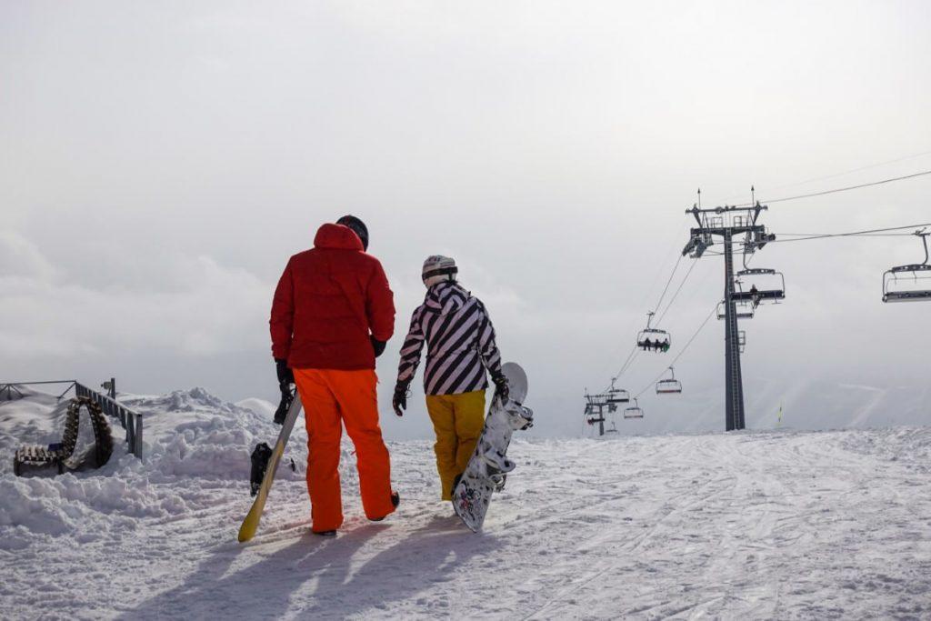 narty w gruzji gudauri raj dla narciarzy deska snowboard