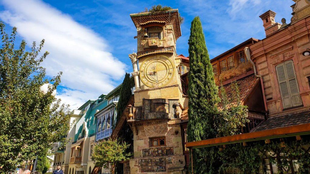 Tbilisi Wieza Zegarowa Teatr Rezo Gabriadze