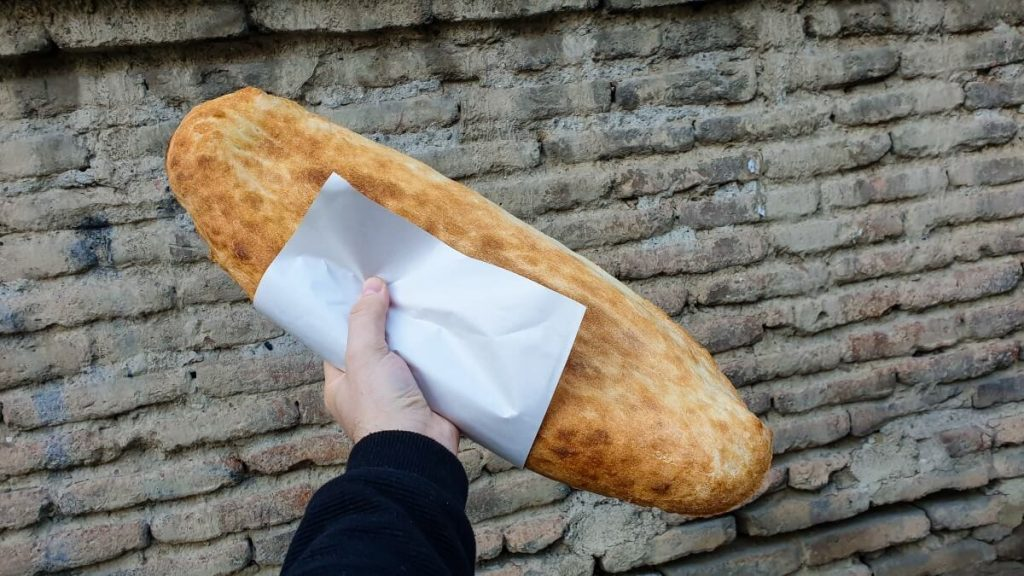 Gruzinski chleb puri