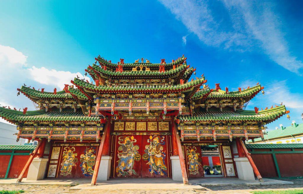 Orientalny pałac zimowy Bogd-chana w Ułan Bator, stolicy Mongolii.