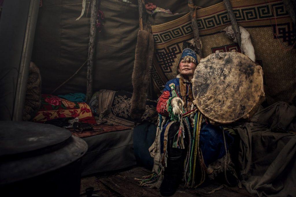 szaman mongolia