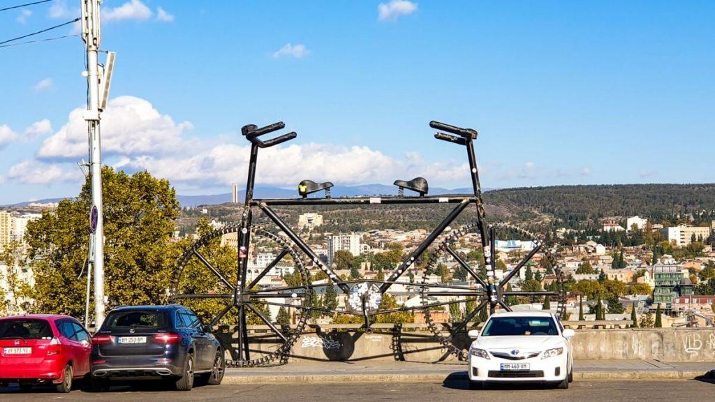 Pomnik Rower Tbilisi