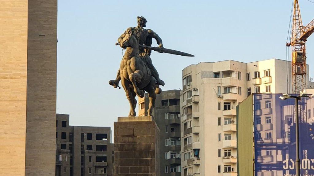 Pomnik Giorgi Saakadze Saburtalo