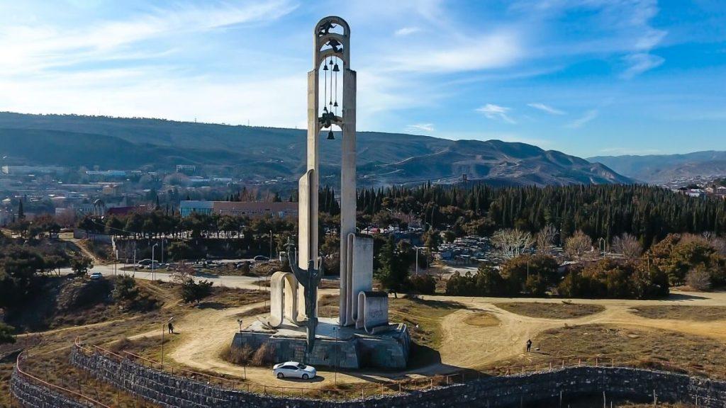 Swieta Nino cminda Nino Monument Tbilisi