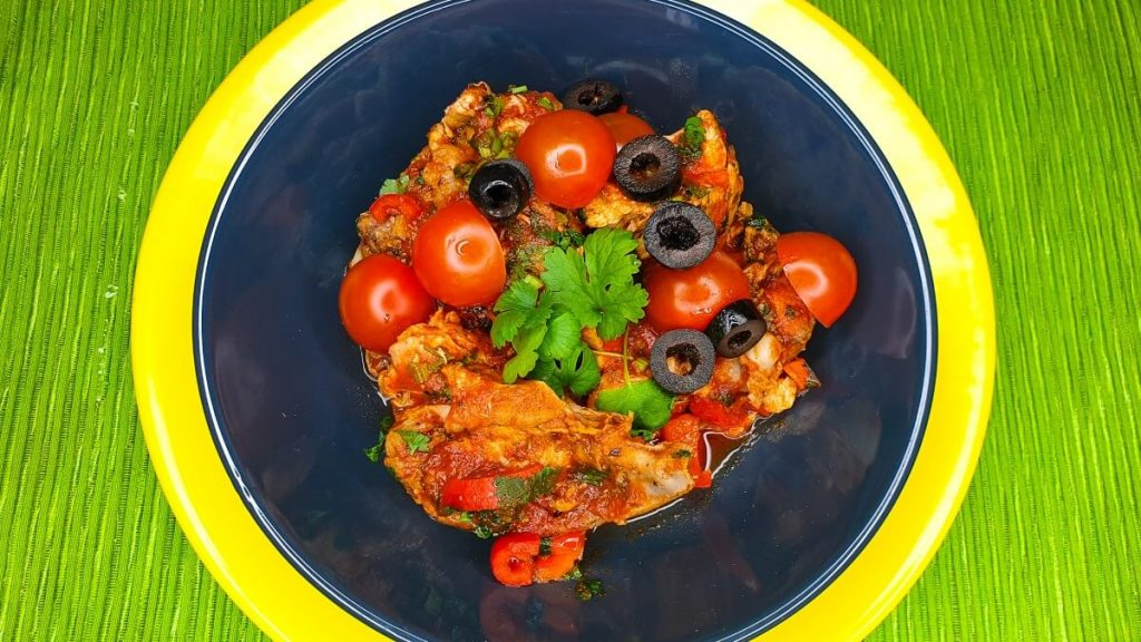 Czachochbili - gruziński przepis na kurczaka w sosie pomidorowym