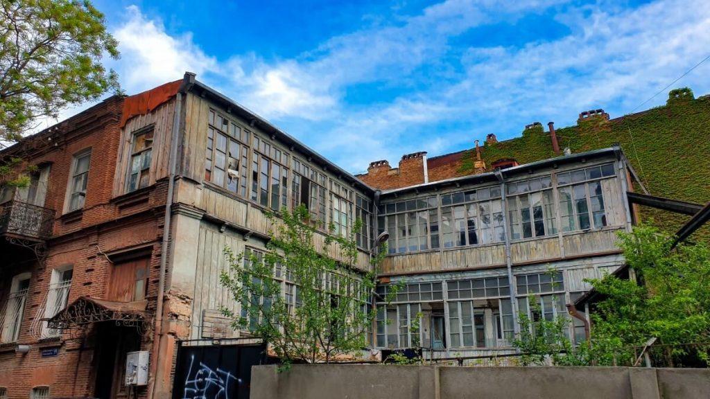 Tbilisi wloskie podworka