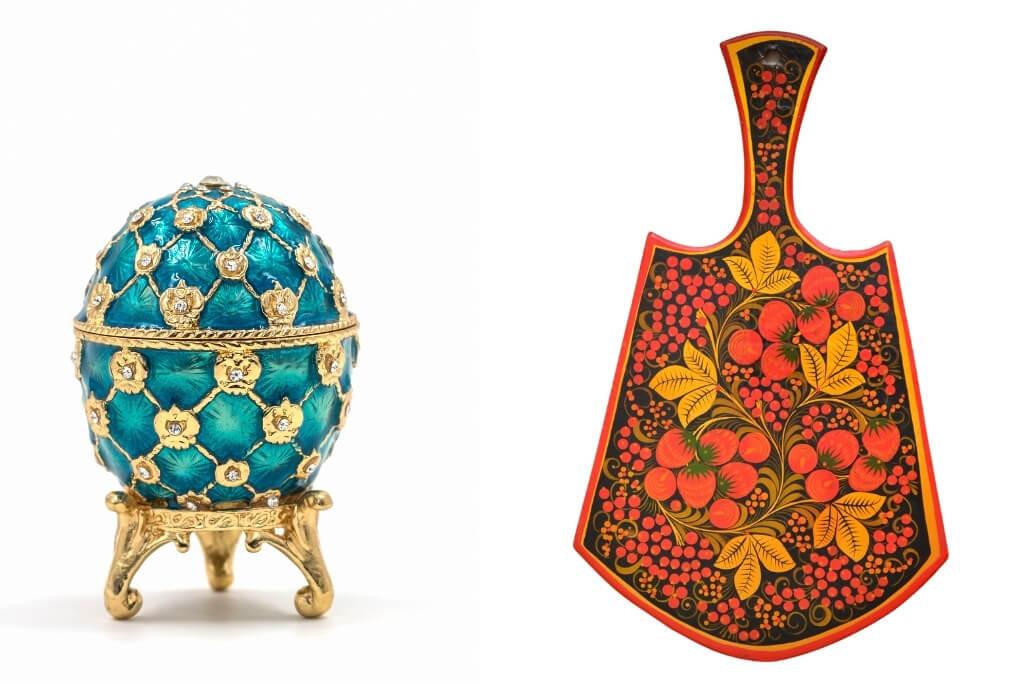 Jajko Fabergé i deska kuchenna zdobiona w stylu khokhloma.
